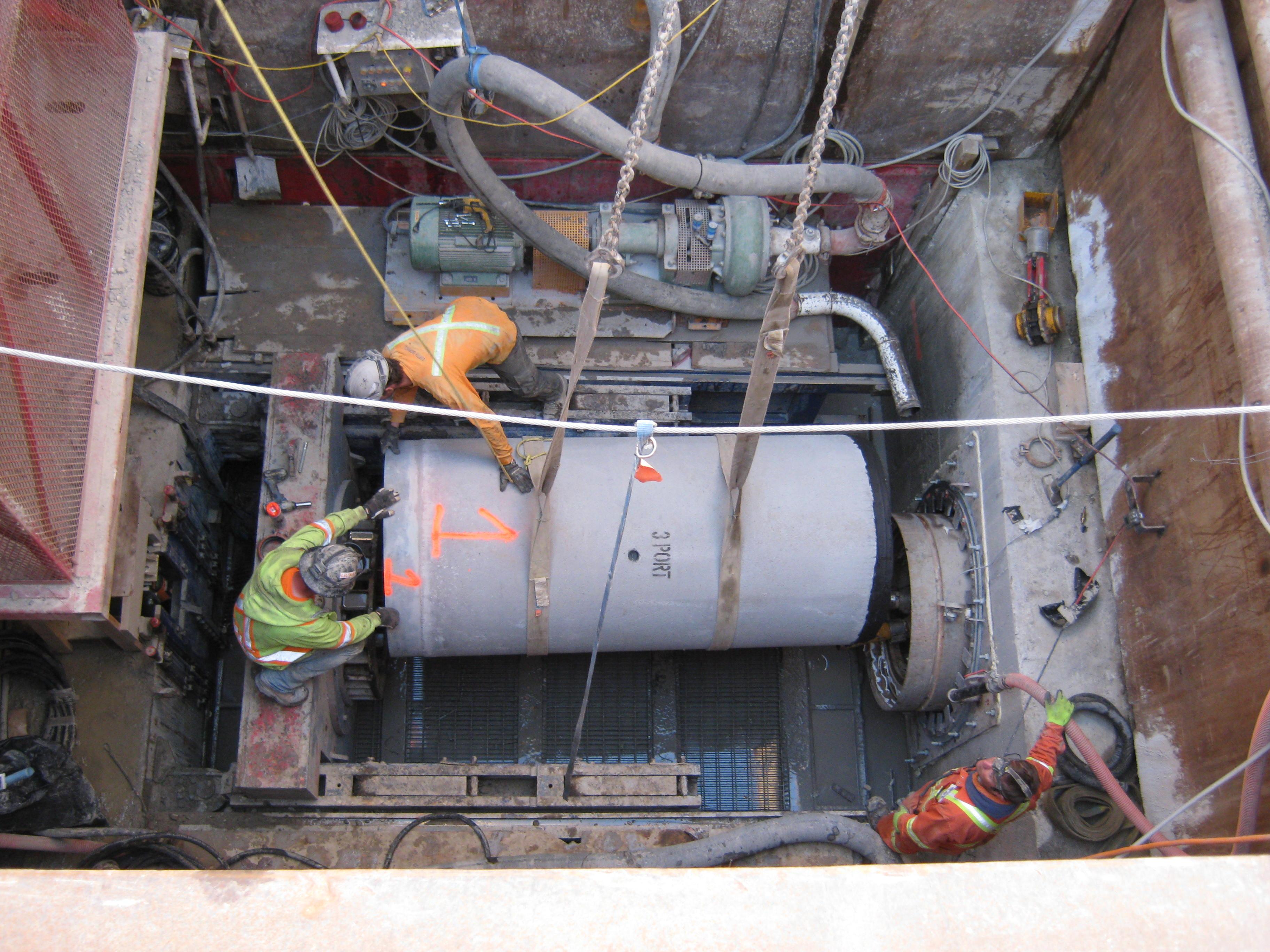 micro-tunnelling crew