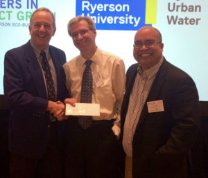 Partners in Project Green and Enviro-Stewards Inc. presenting a cheque to Dextran Products Ltd. at the Water Innovation in Action 2.0 conference in October 2016.