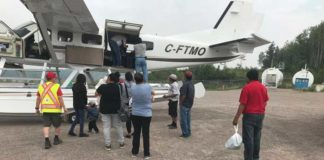 evacuees-manitoba-red-cross-plane