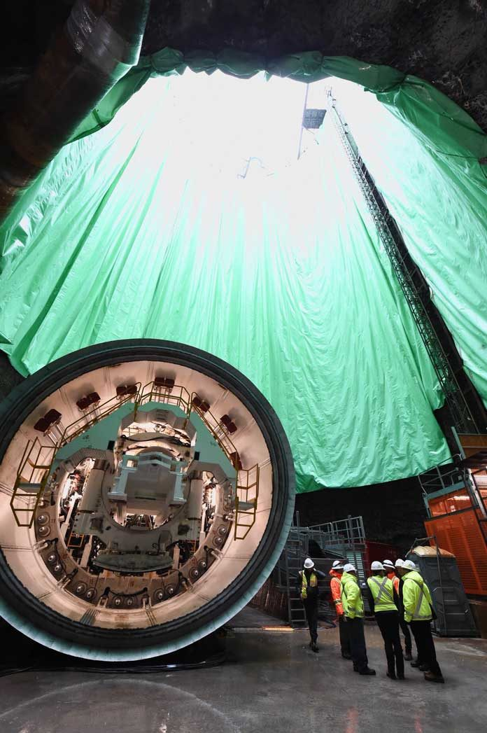 tunnel boring machine set up