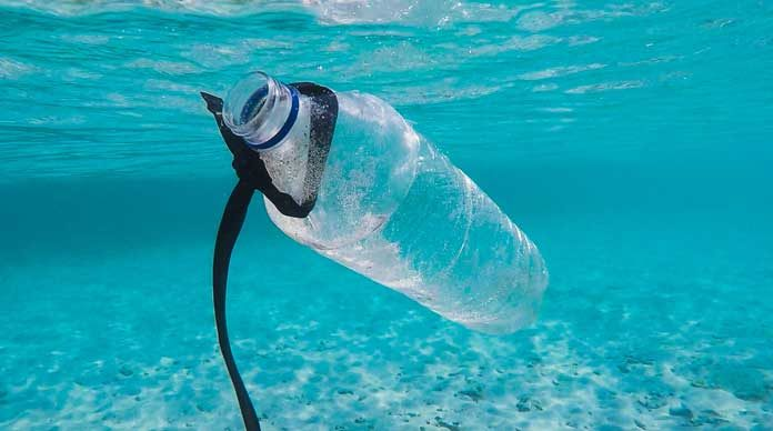 plastic-water-bottle-pollution