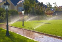 automatic-lawn-water-sprinklers