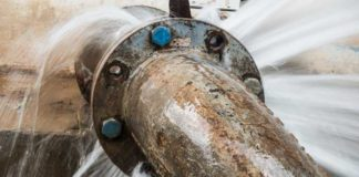 Leaking-pipe-stock-image