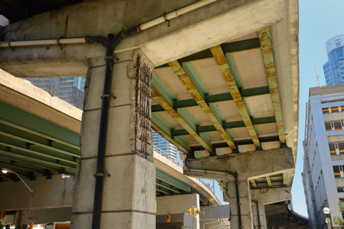 Gardiner-Expressway-deterioration